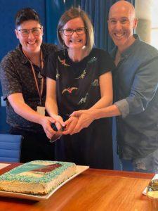 Kam, Tracy & Matt cutting cake